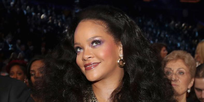 People want to ban Rihanna because they think she's Illuminati | indy100