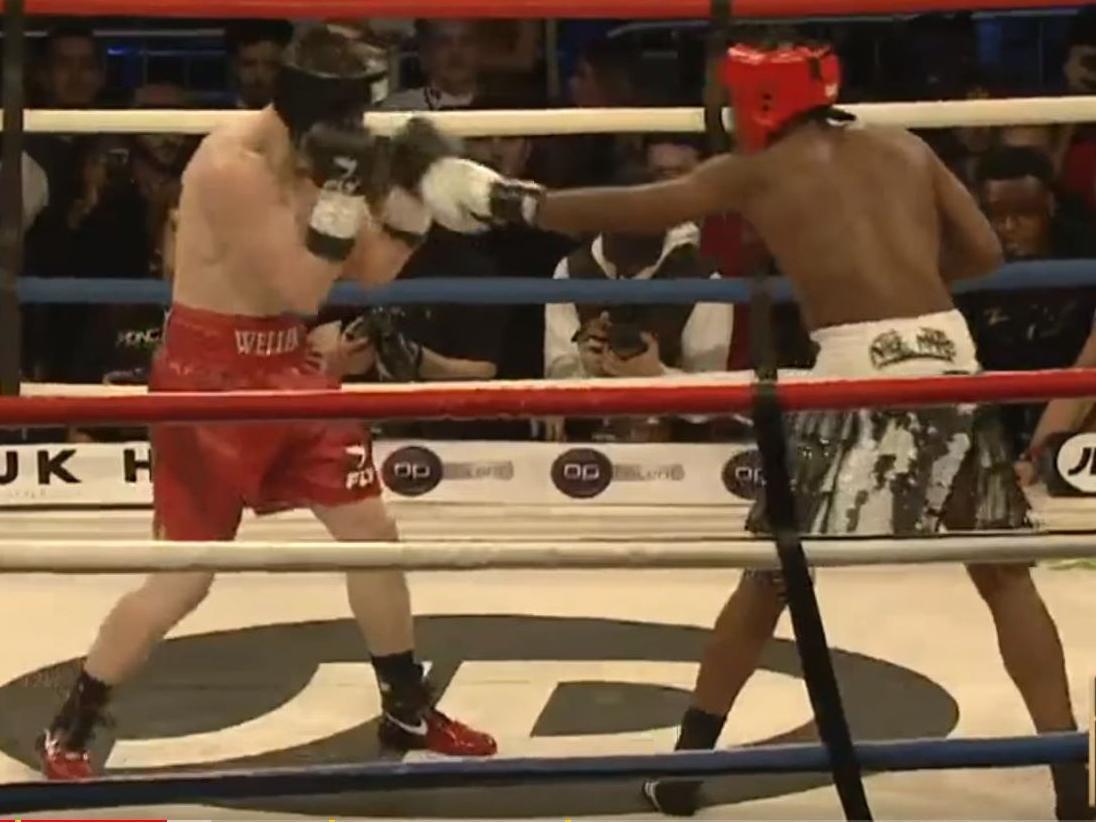 KSI vs Joe Weller: Millions watch YouTube stars' boxing match | The