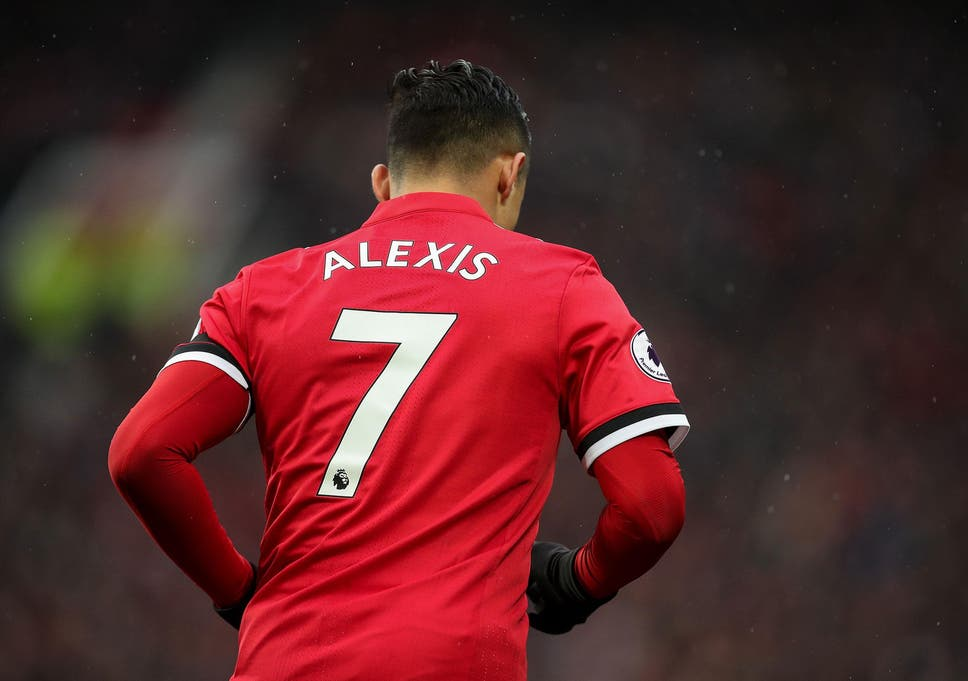 buy online e413f 6563f Alexis Sanchez shirt sales help set new Manchester United ...