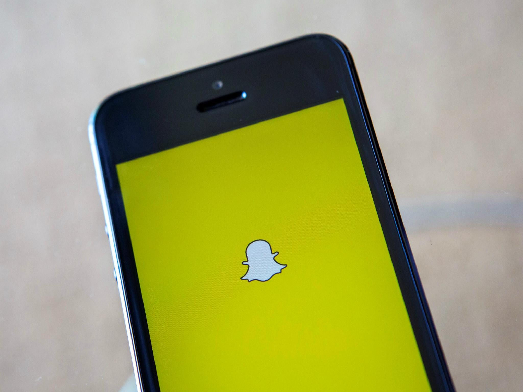 New Snapchat: Update Can't Be Reversed and Unhappy Users Should 'give it a Chance', Says Company