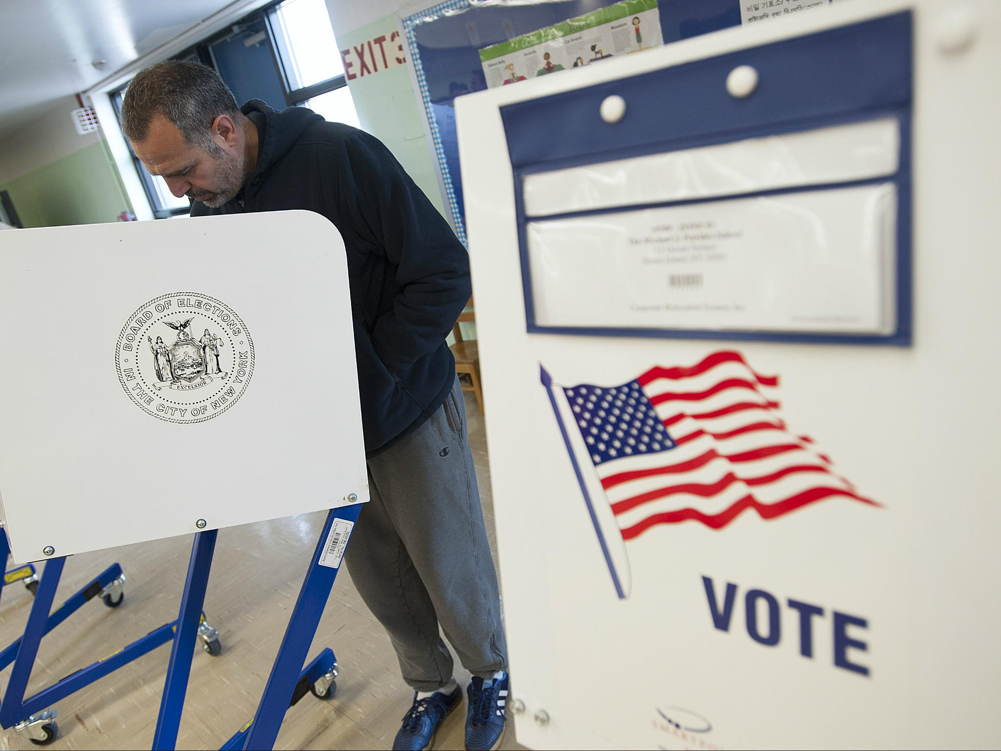 US cyber security official says 21 states' voter rolls were hacked during 2016 election