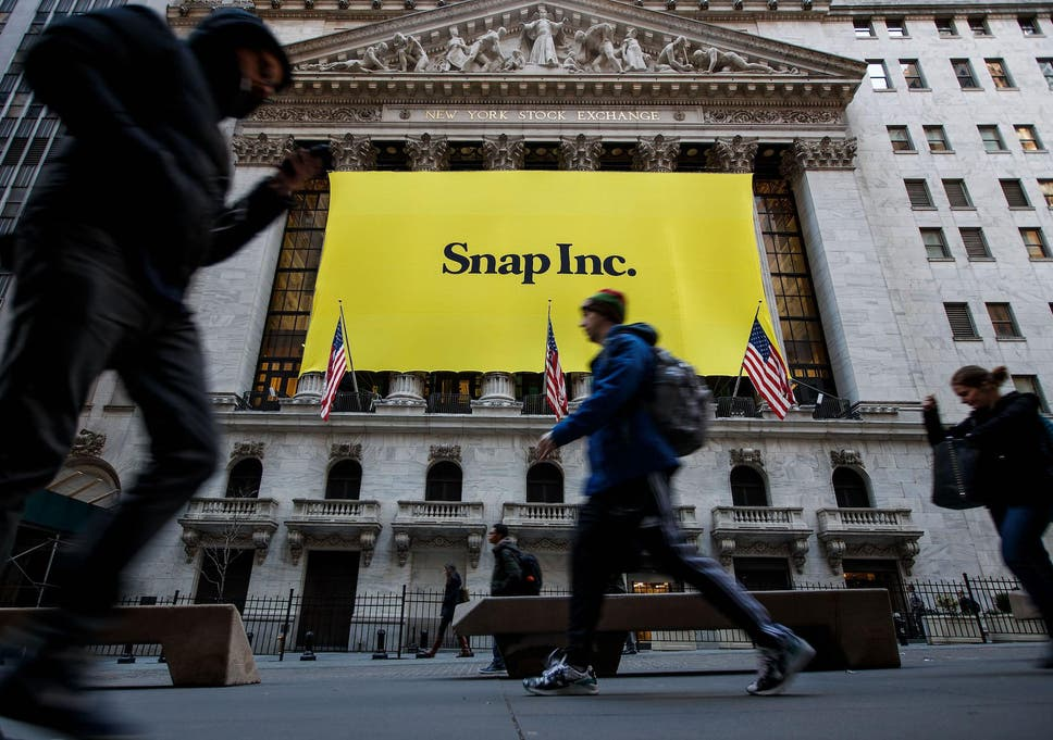 Snapchat update: Huge petition calls on Snap to change back to old