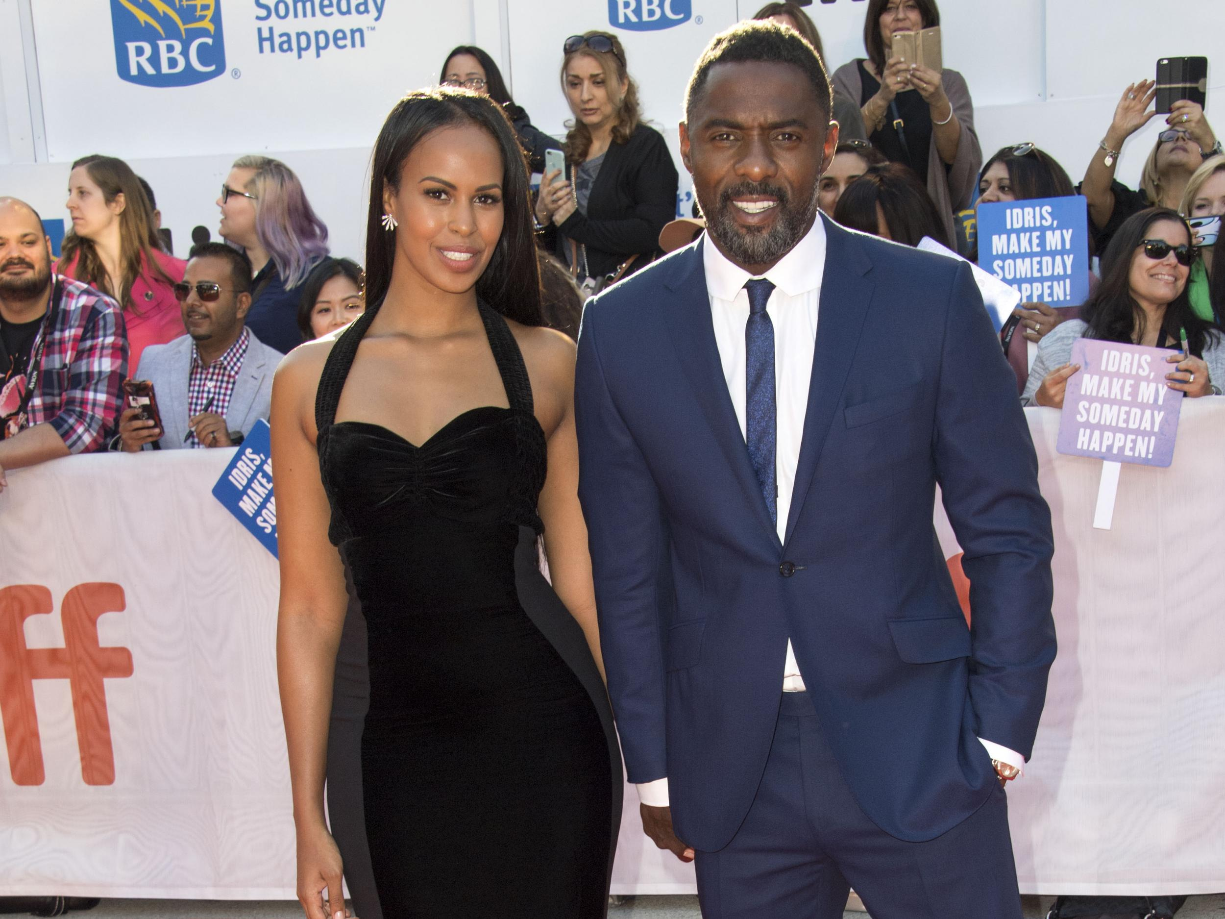 Idris Elba proposes to his beauty queen girlfriend at screening of his new film