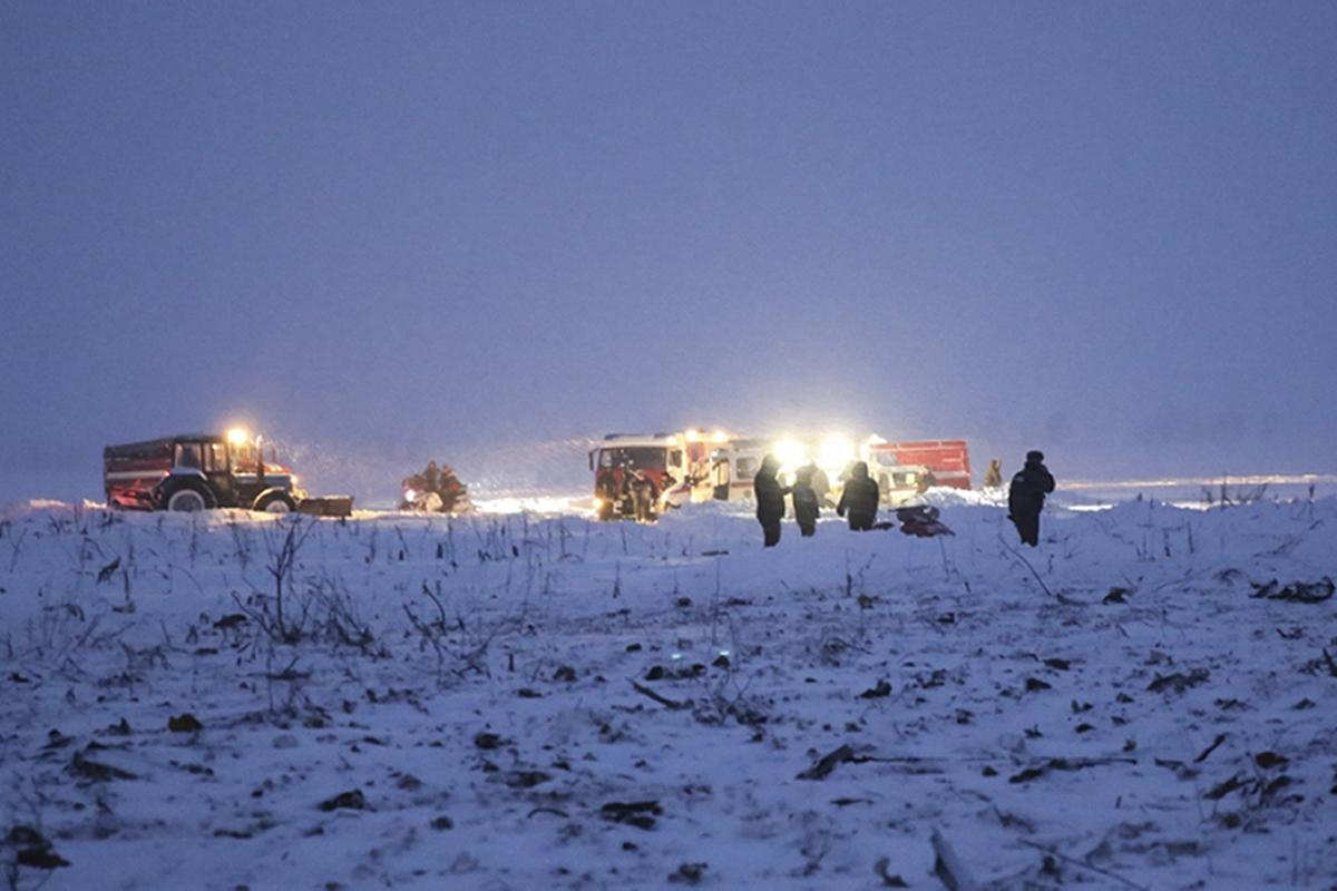 Saratov authorities have said that the city is effectively coping with snow removal 01/12/2013 57