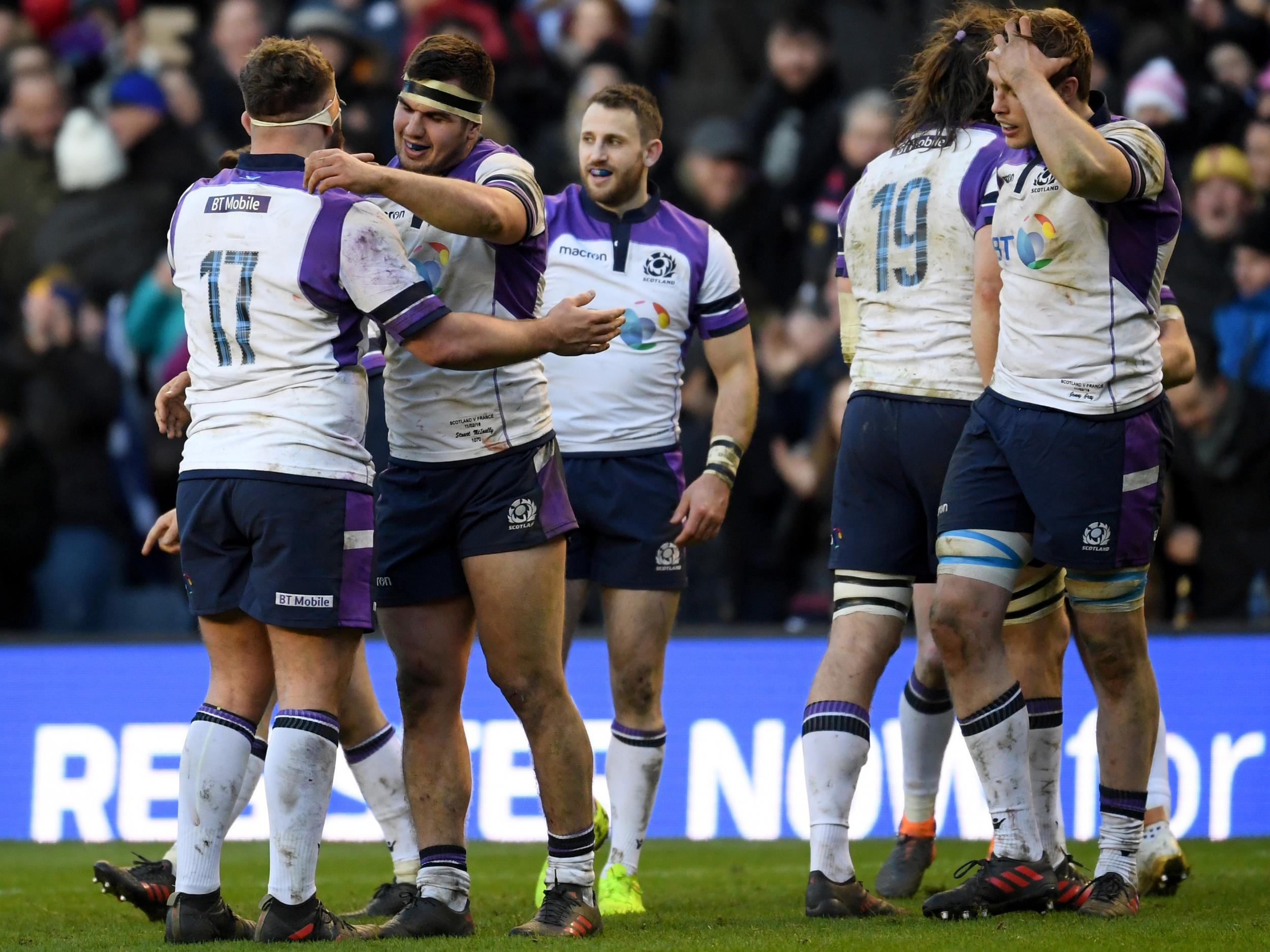 Scotland pick up first win in tight victory over free-running France