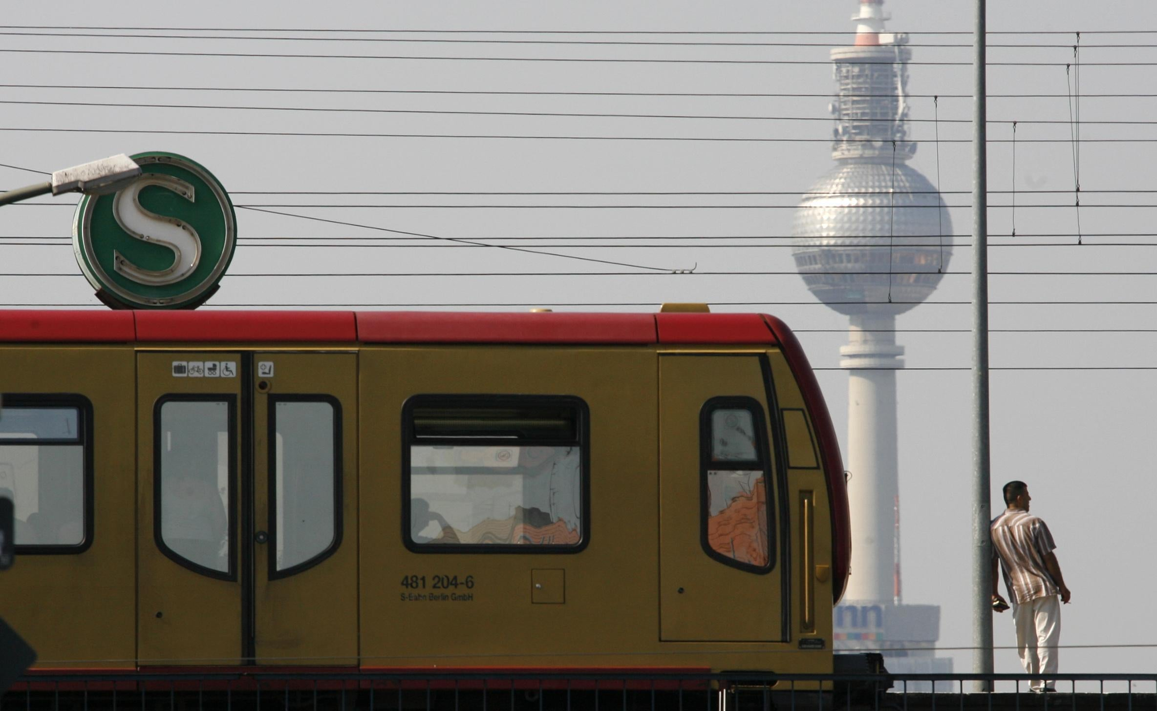 Germany plans to trial free public transport in cities suffering from air pollution