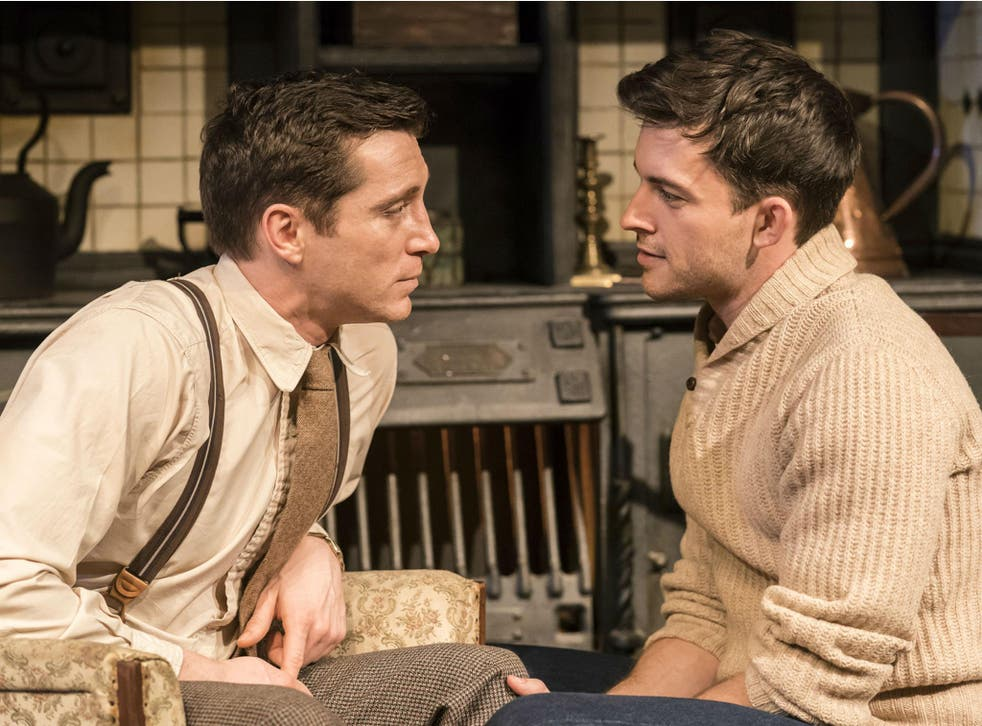 Ben Batt (left) and Jonathan Bailey in 'The York Realist' at the Donmar Warehouse