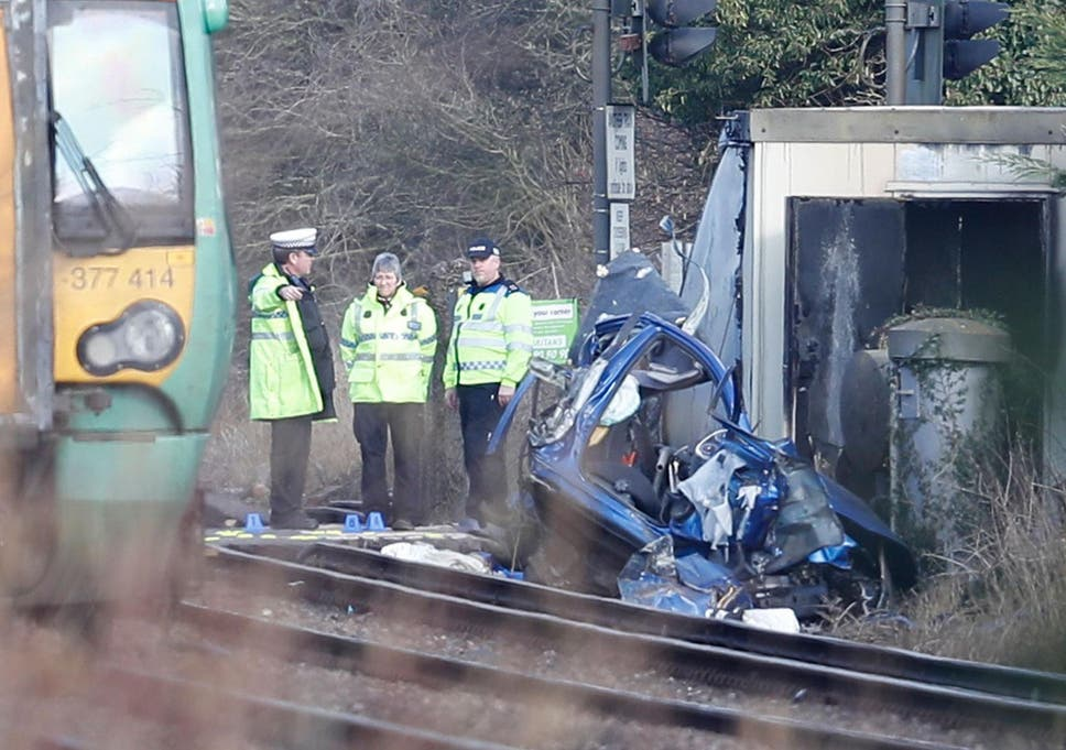 Grandfather and grandson killed in Horsham level crossing