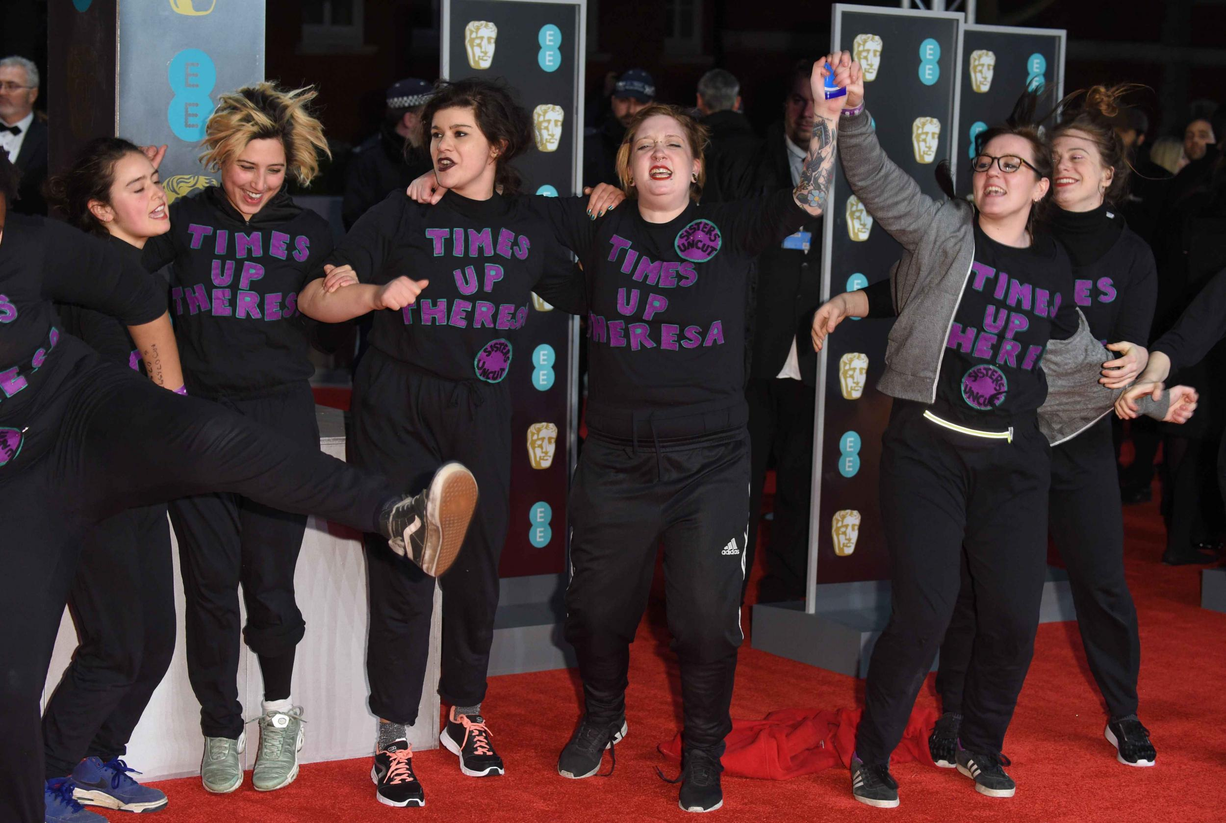 Baftas 2018 Protesters Storm Red Carpet Wearing Time S