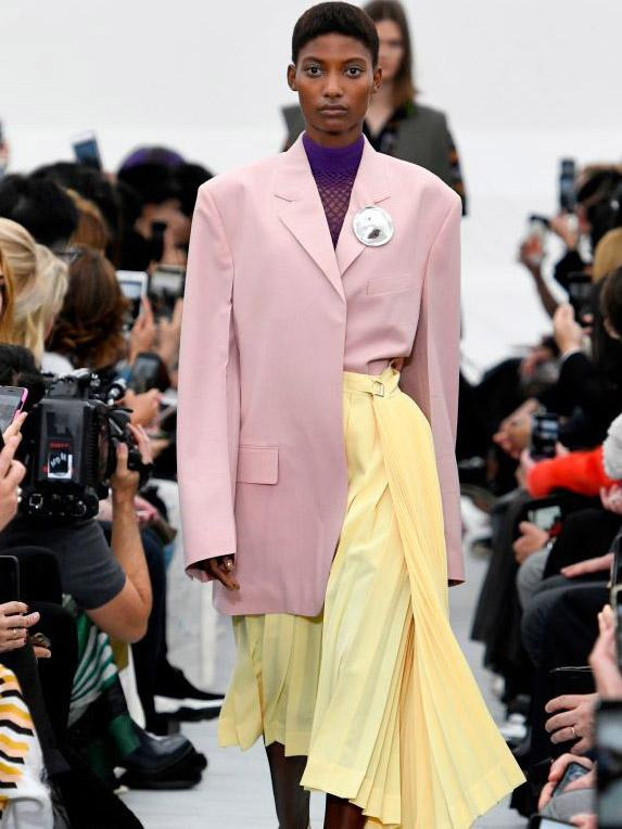 c27afe20381 Spring Summer 2018 fashion trends you can wear now