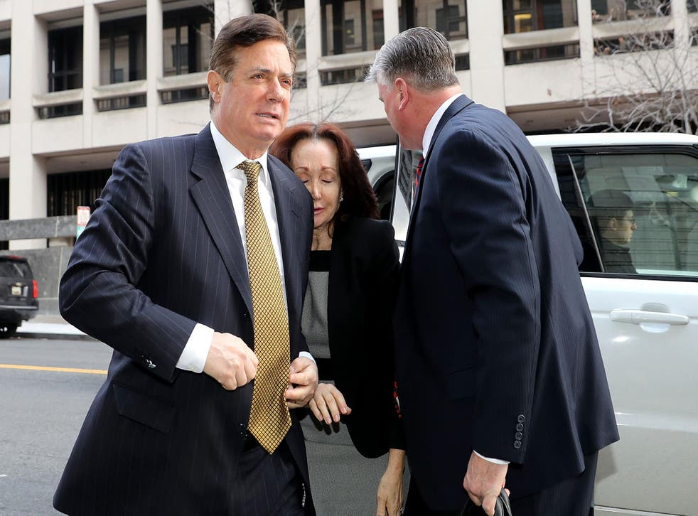 Mr Manafort and his wife arrive at a courthouse in Washington DC in January