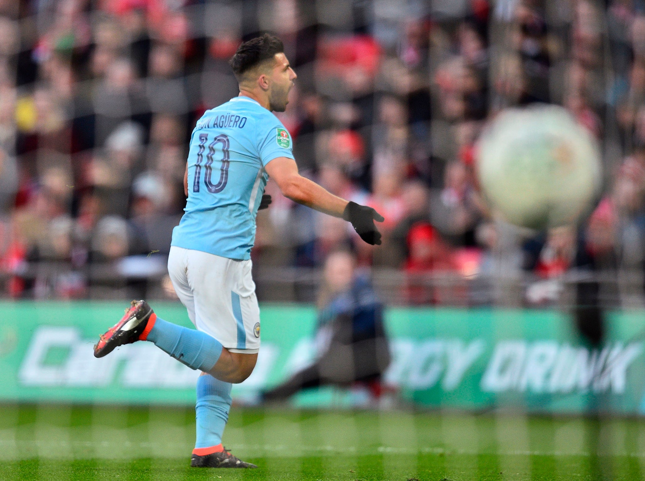 Arsenal vs Manchester City - EFL Cup final at Wembley LIVE ...