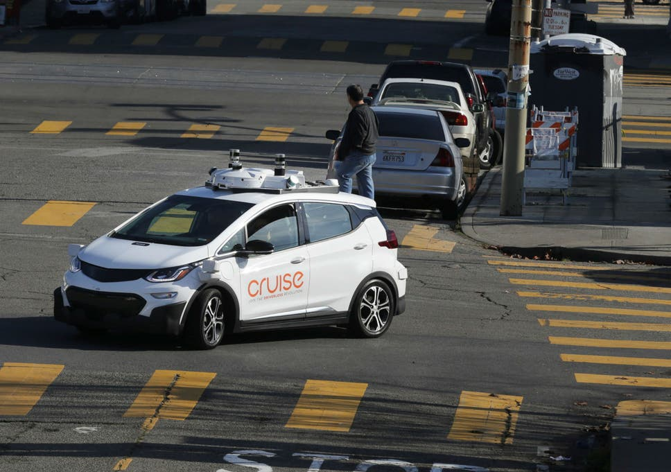 Self-driving cars attacked by angry San Francisco residents