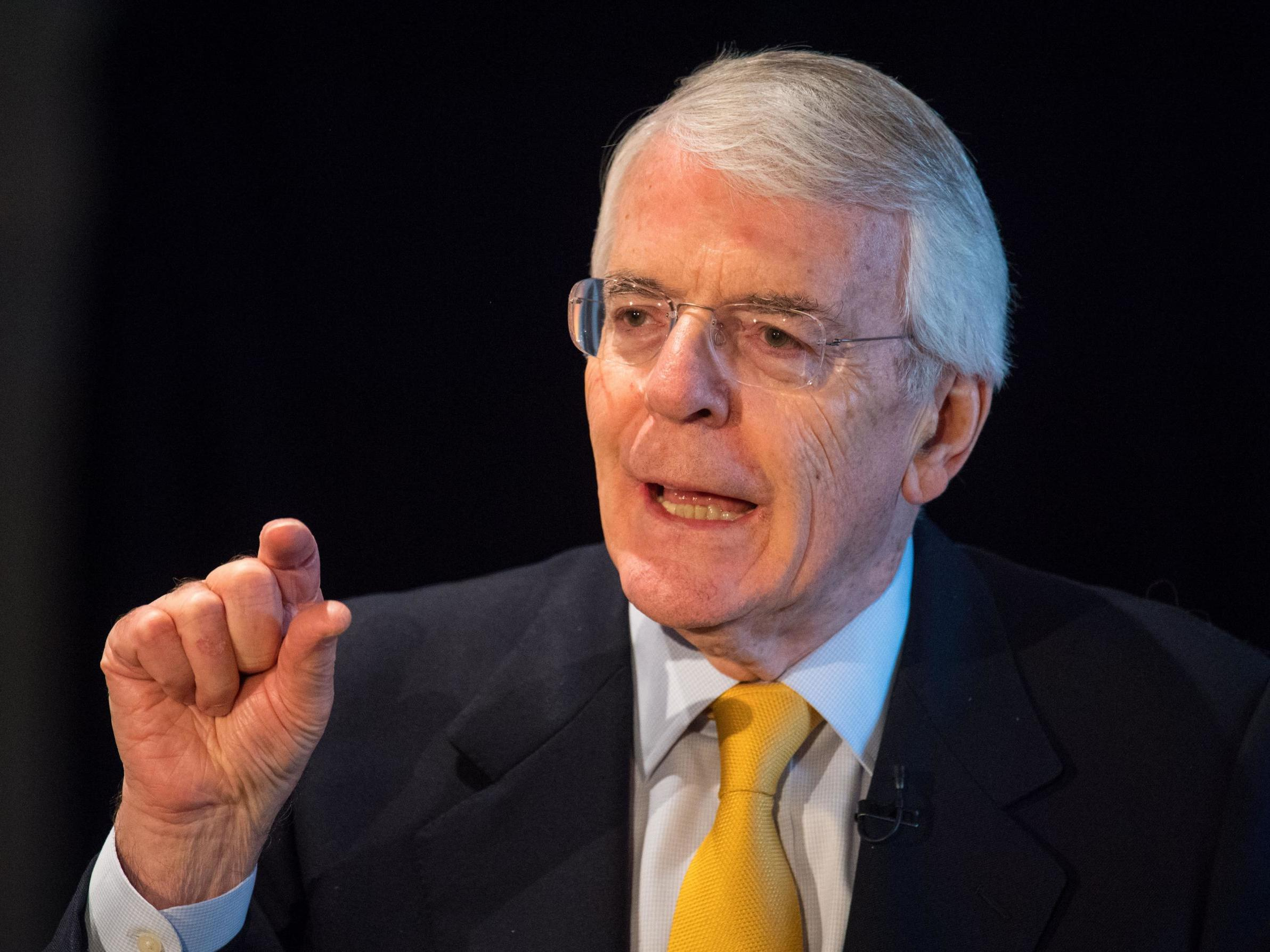 "Theresa May must give ministers free votes on all Brexit options and become an ""intermediary,"" says John Major - The Independent"