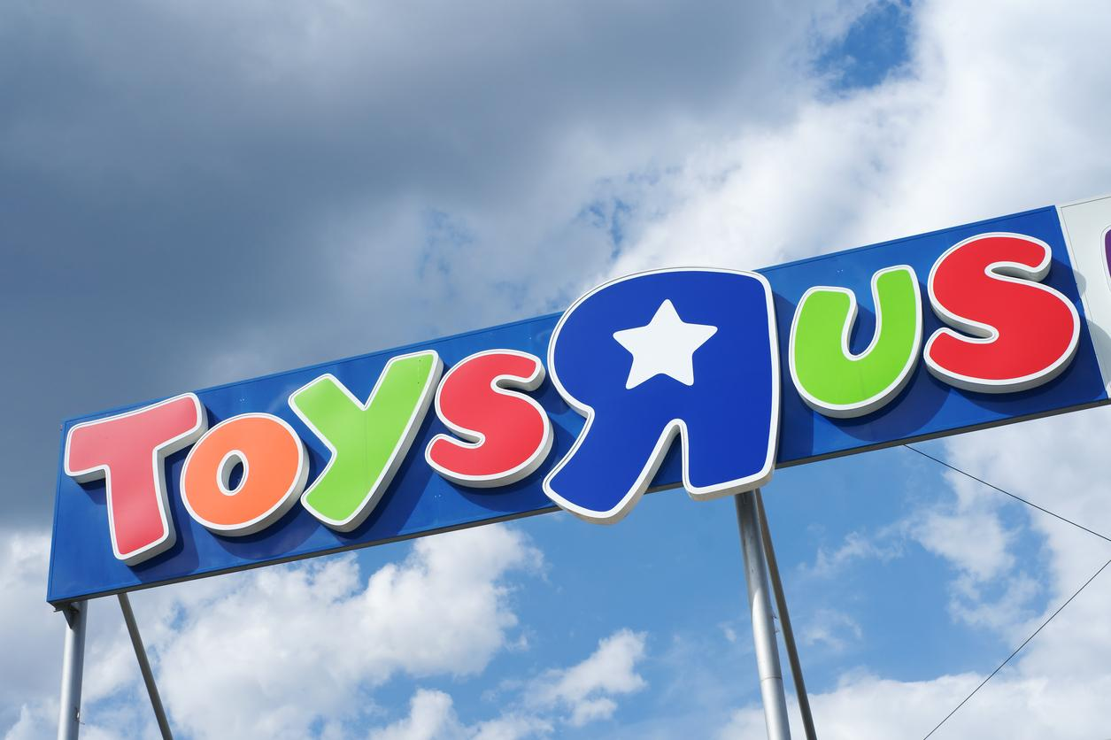 Toys r us closing down sale when is it and where are the best toys r us closing down sale when is it and where are the best discounts the independent falaconquin
