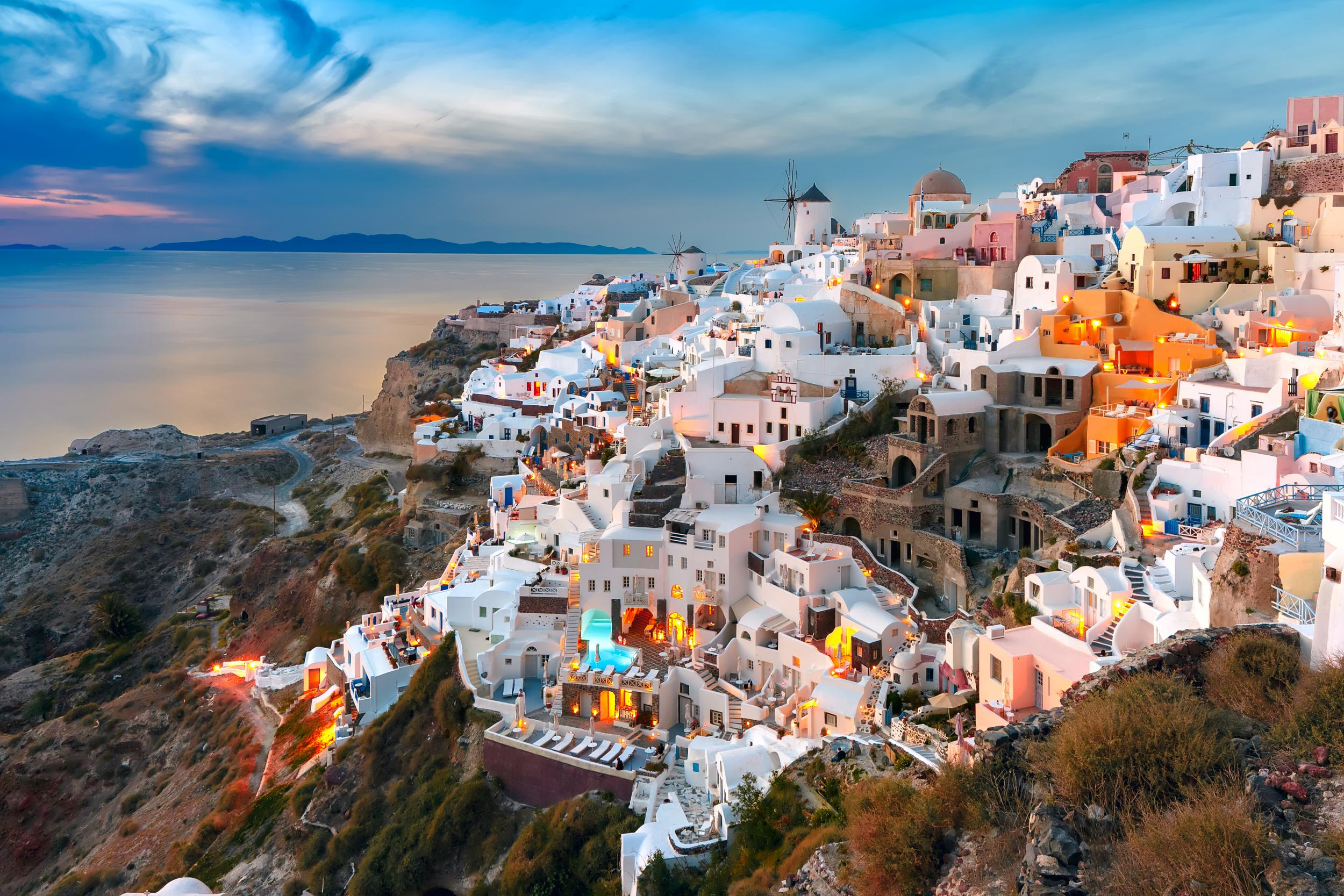 6 great things to do on a break to Santorini