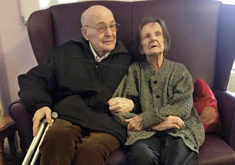 e946b0513e81 Elderly couple reunited after being sent to separate care homes ...