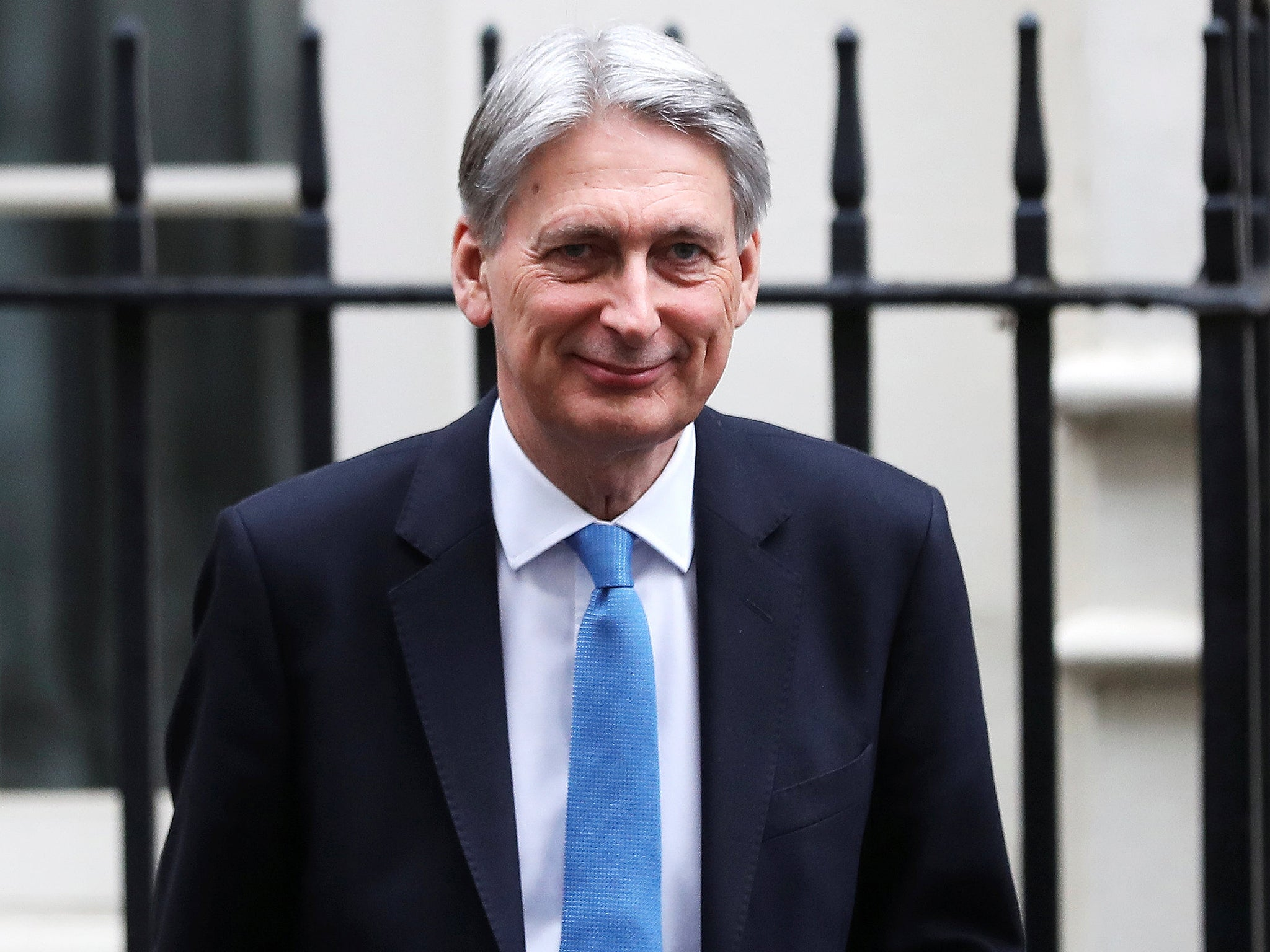 Leading business groups have broadly welcomed the Chancellor's commitment to investment and industry