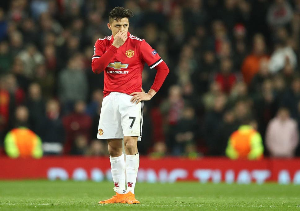 ce307c69473 Alexis Sanchez admits he nearly pulled out of Chile squad because of  struggles at Manchester United