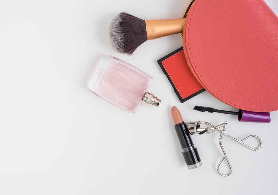 Makeup doesn't make you a bad feminist – Instagram is the real