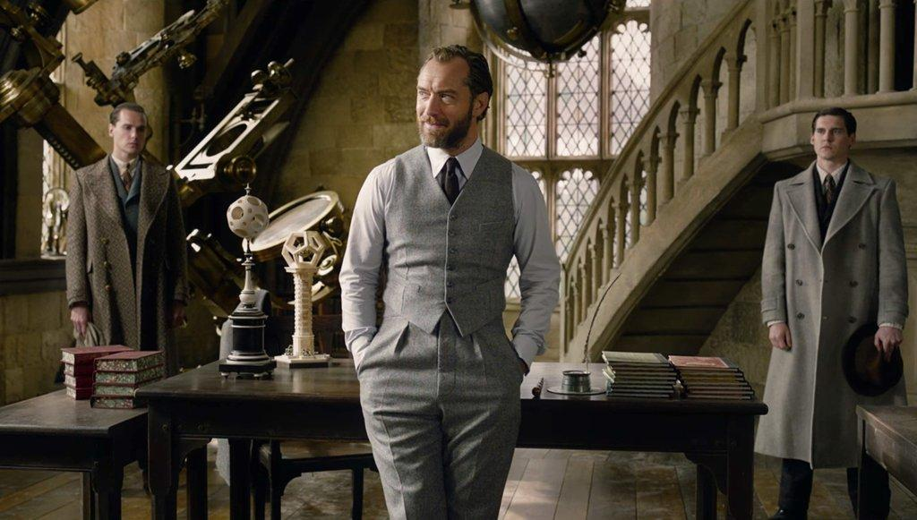 Fantastic Beasts 2 Dumbledore Sexuality Will Be Clear Director
