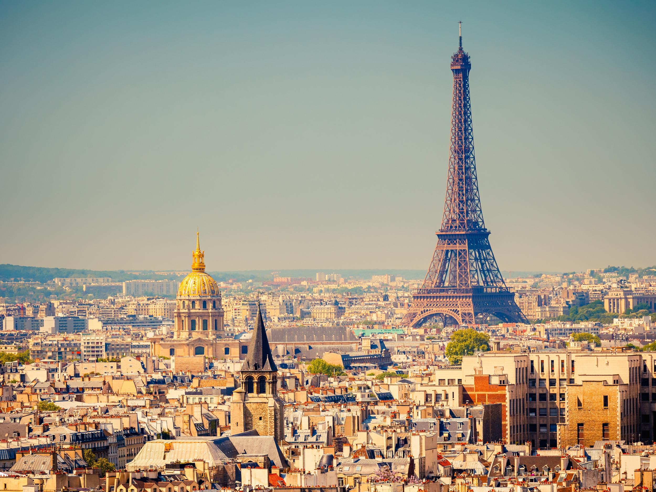 Paris To Ban Cars In City Centre One Sunday A Month The