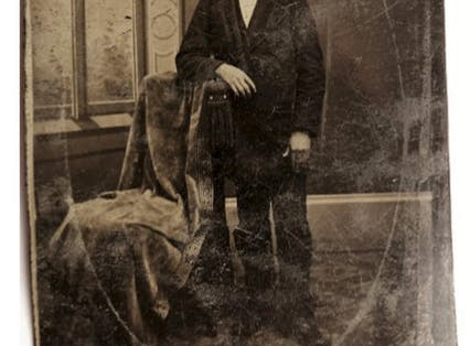 Justin Whiting's photo which might show the infamous outlaw Jesse James
