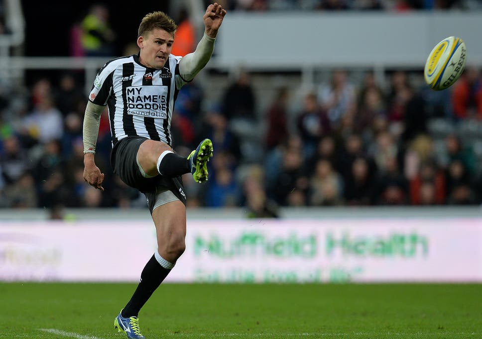578ae9df54d Toby Flood kicks Newcastle Falcons to narrow victory over Northampton  Saints in front of record crowd at St James' Park
