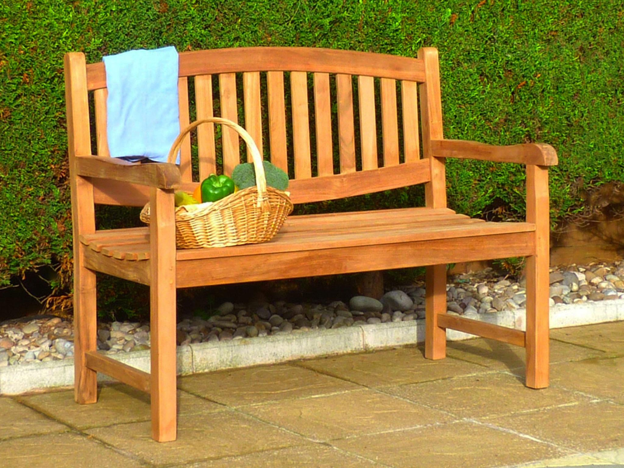 How to Choose a Garden Bench pics