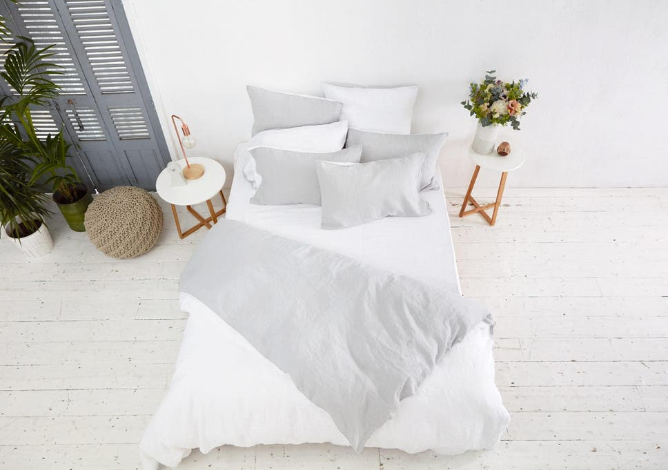 Linen Sheets Are Naturally Breathable, Keeping You Cooler In Summer And  Toasty Throughout The Winter