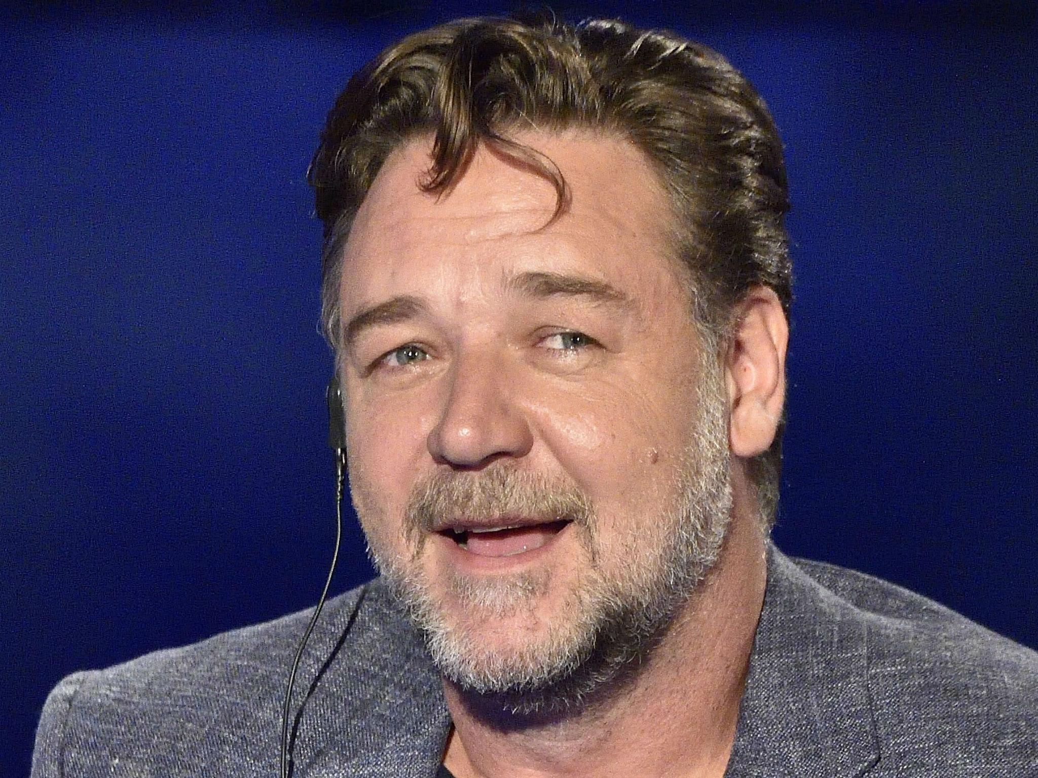 Russell Crowe divorce auction earns actor millions selling ...