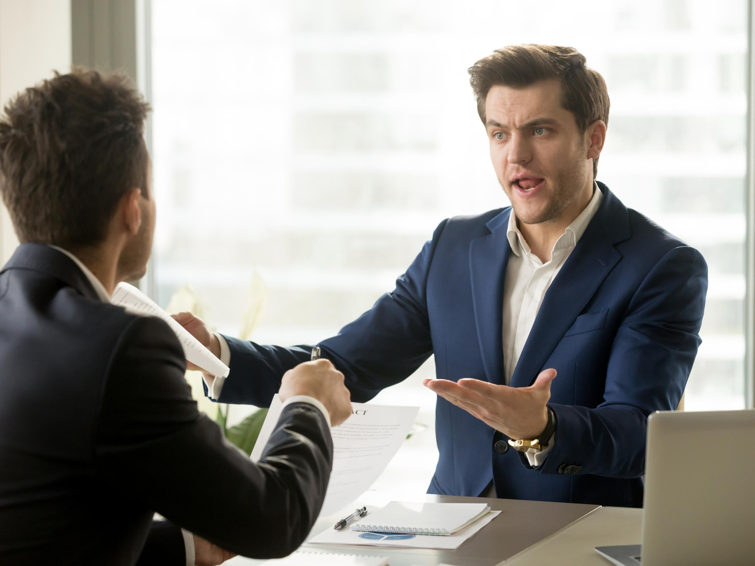 Twenty-two signs your co-workers secretly hate you | The