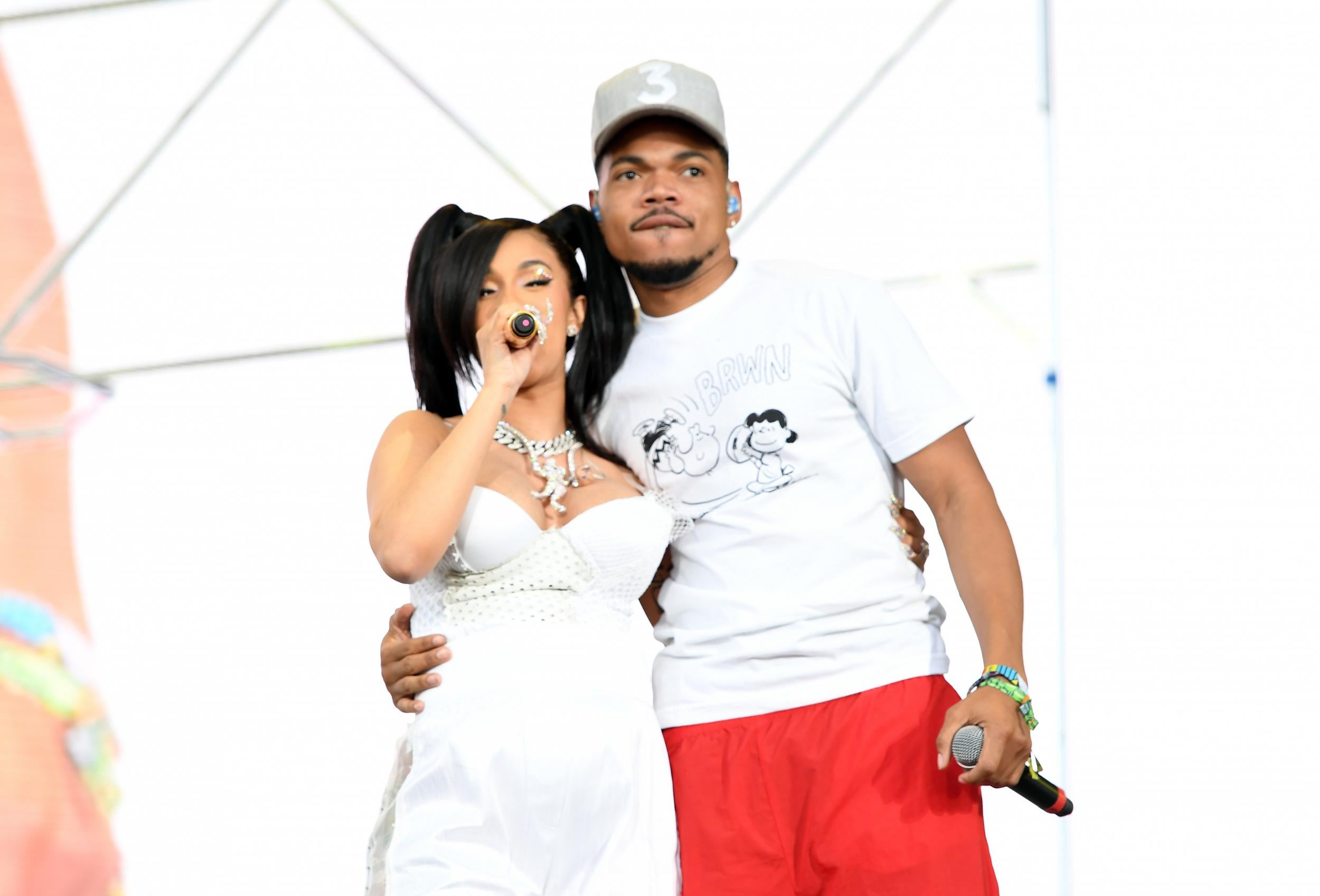 Cardi B Coachella: Coachella 2018: Cardi B Performs With Chance The Rapper