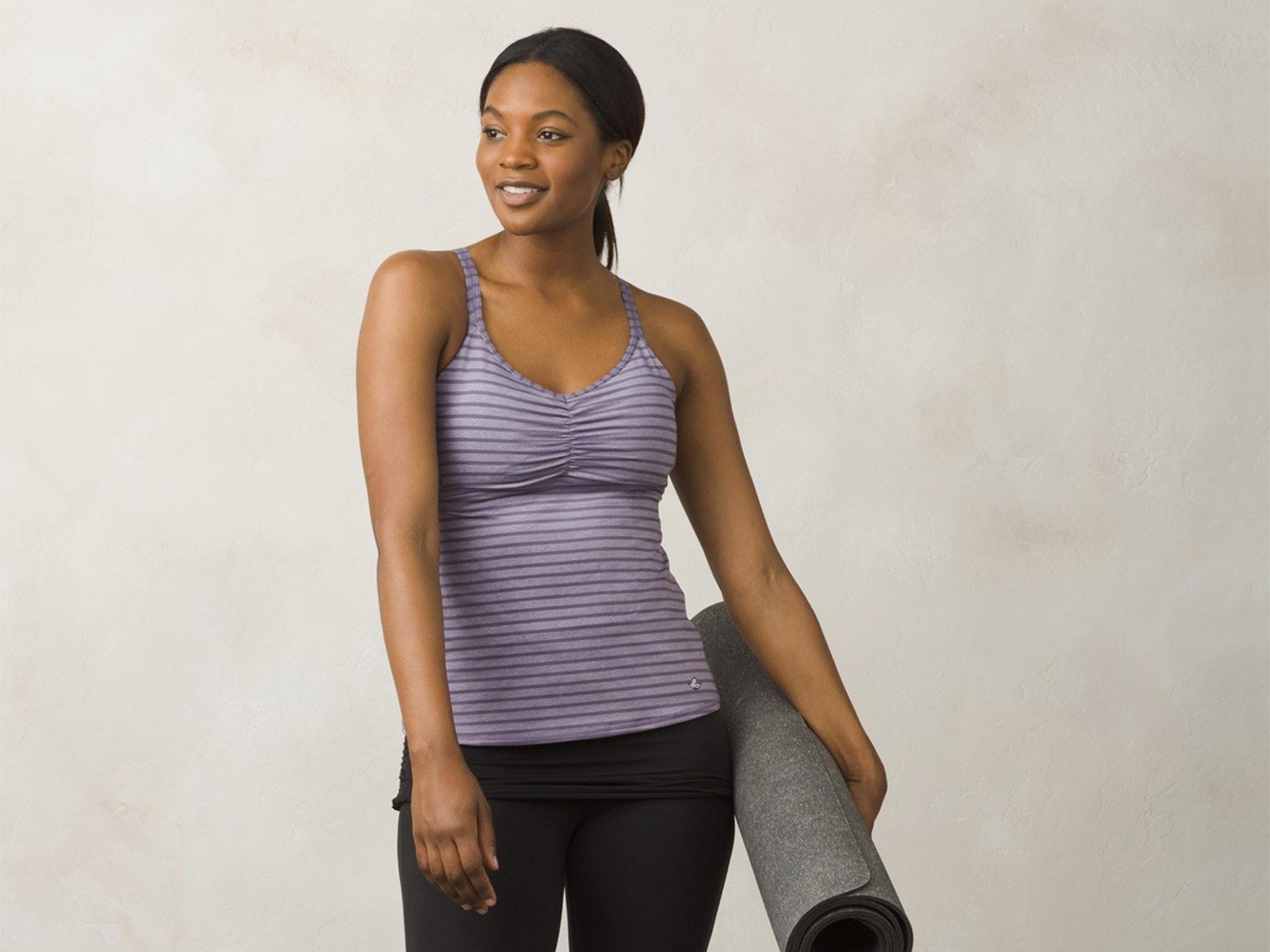 b8692fed84547 9 best yoga tops for women