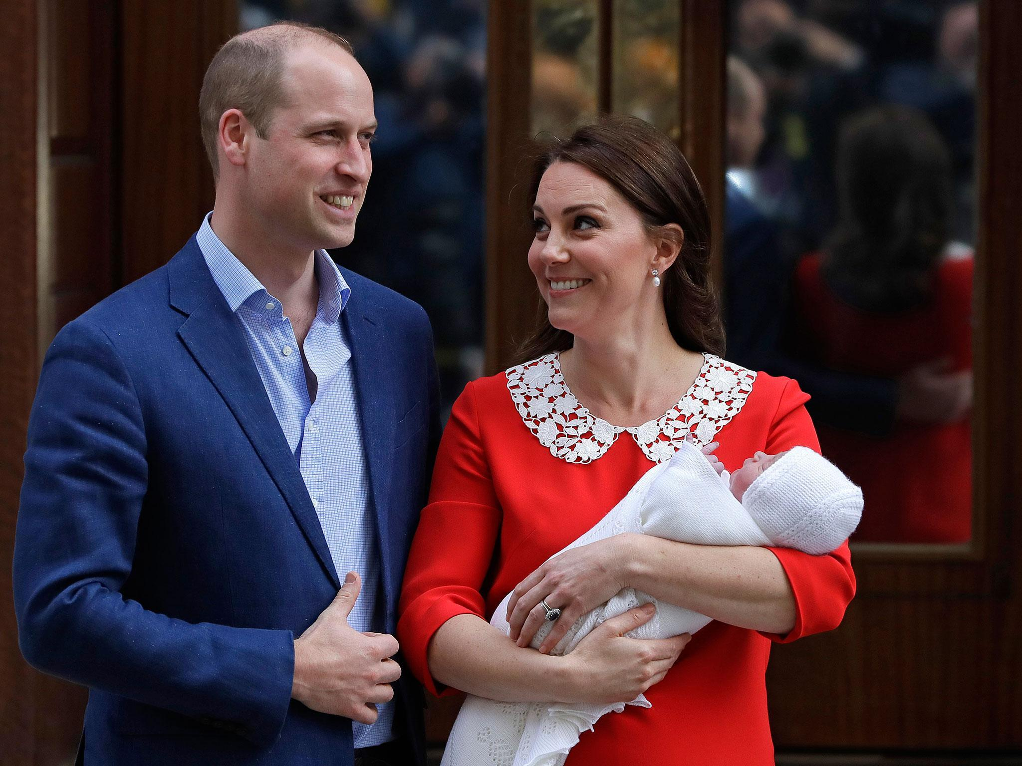 Communication on this topic: Prince George's Birth Made Official On Westminster , prince-georges-birth-made-official-on-westminster/