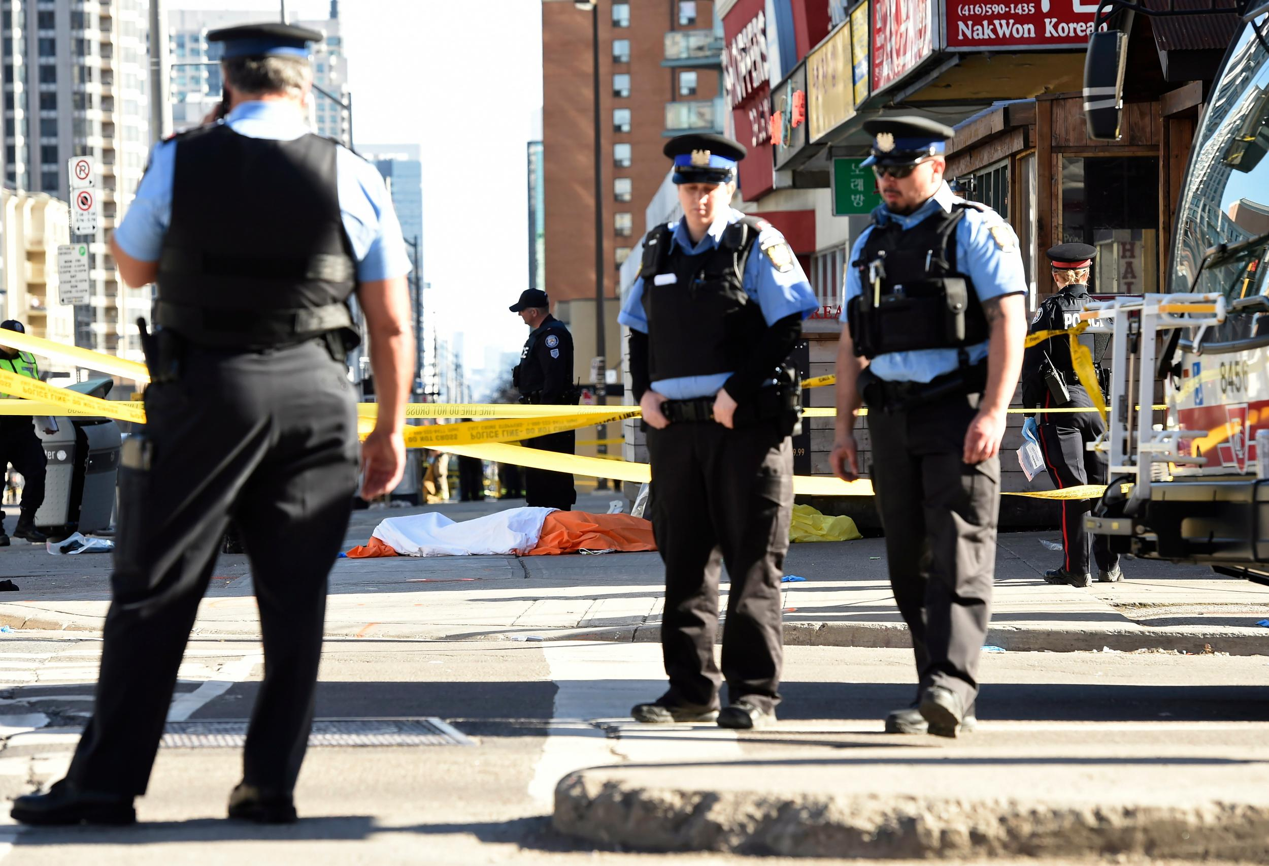 fd5eb95dcc The policeman who didn t shoot at Alek Minassian in Toronto is proof ...