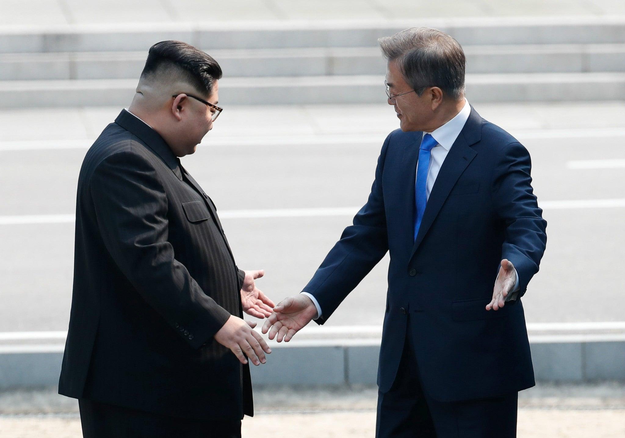 Korea Summit: Kim Jong-un crosses into South Korea for historic meeting