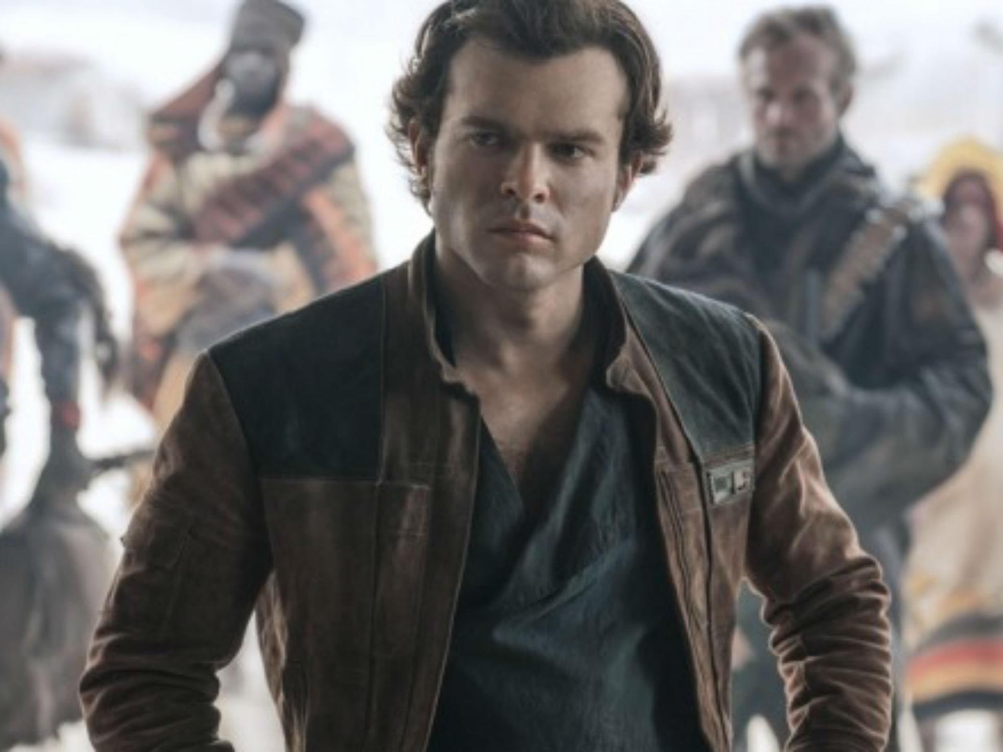 Solo A Star Wars Story Review No Light Sabres Or Darth Vader But