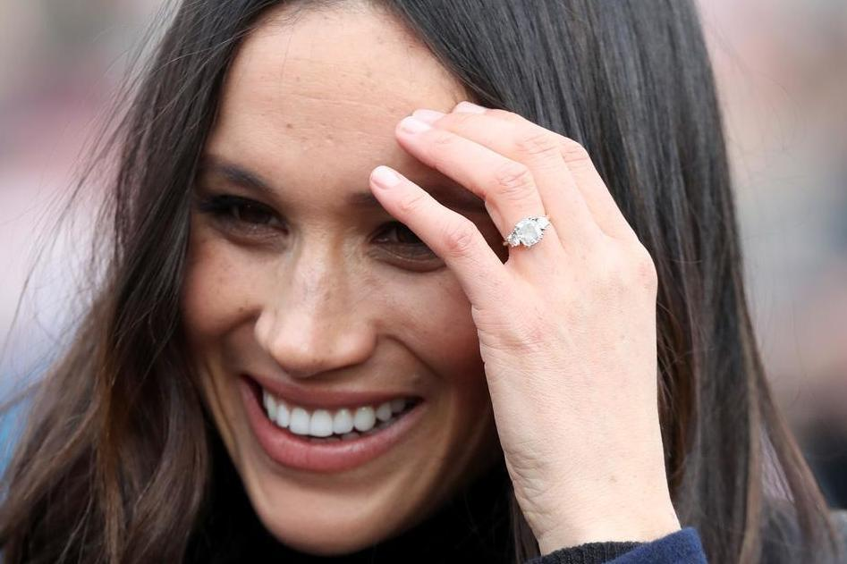 Argos Selling 15 Version Of Meghan Markle S 120 000 Engagement