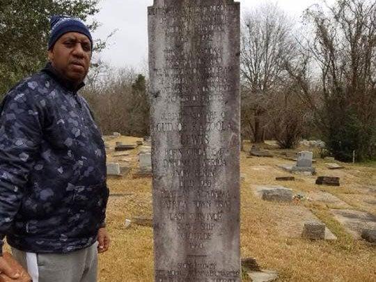 Descendant of last survivor of final slave ship to travel from