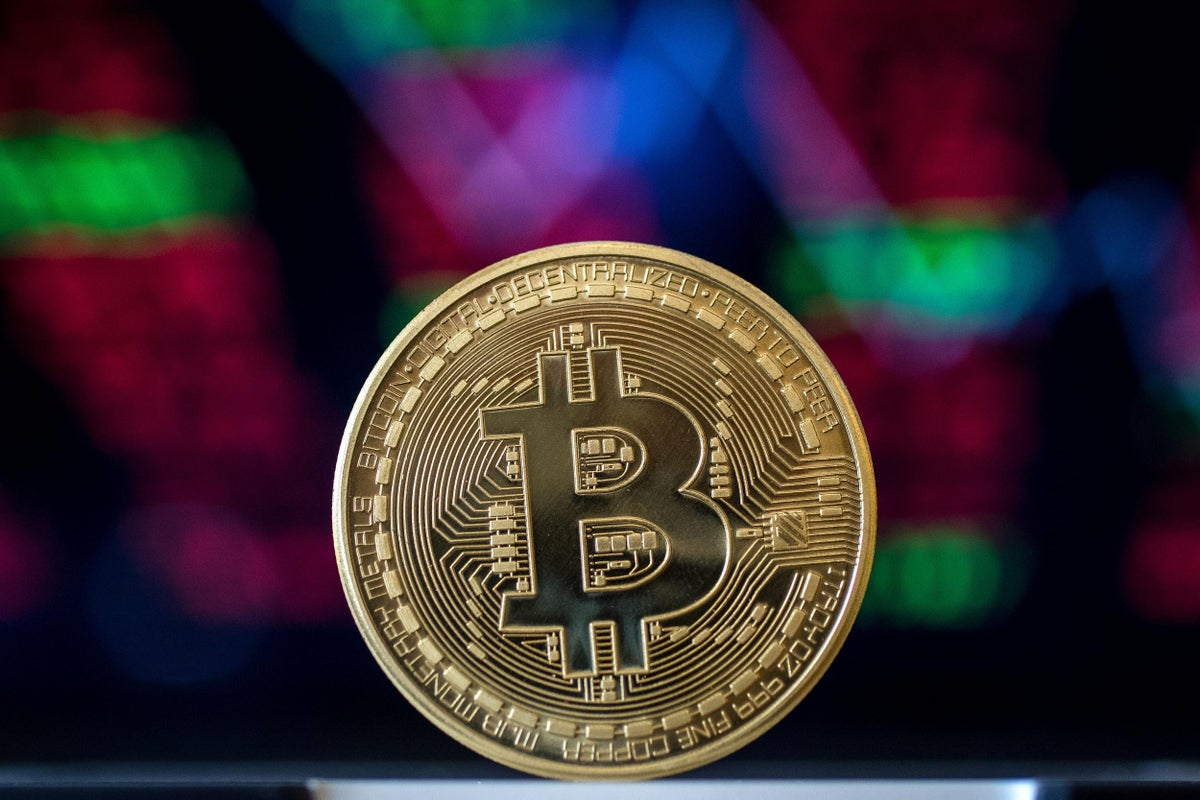 bitcoin independent trader