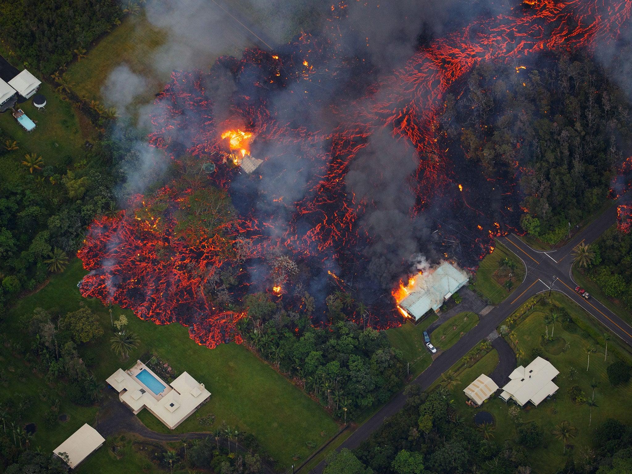 Mesmerising video shows Hawaii volcano lava lake spitting and bubbling