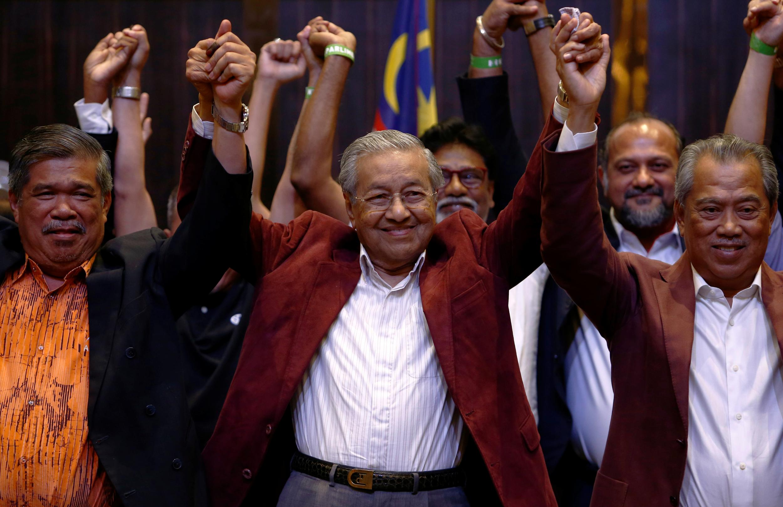 Malaysia Election Mahathir Mohamad Leads Opposition To