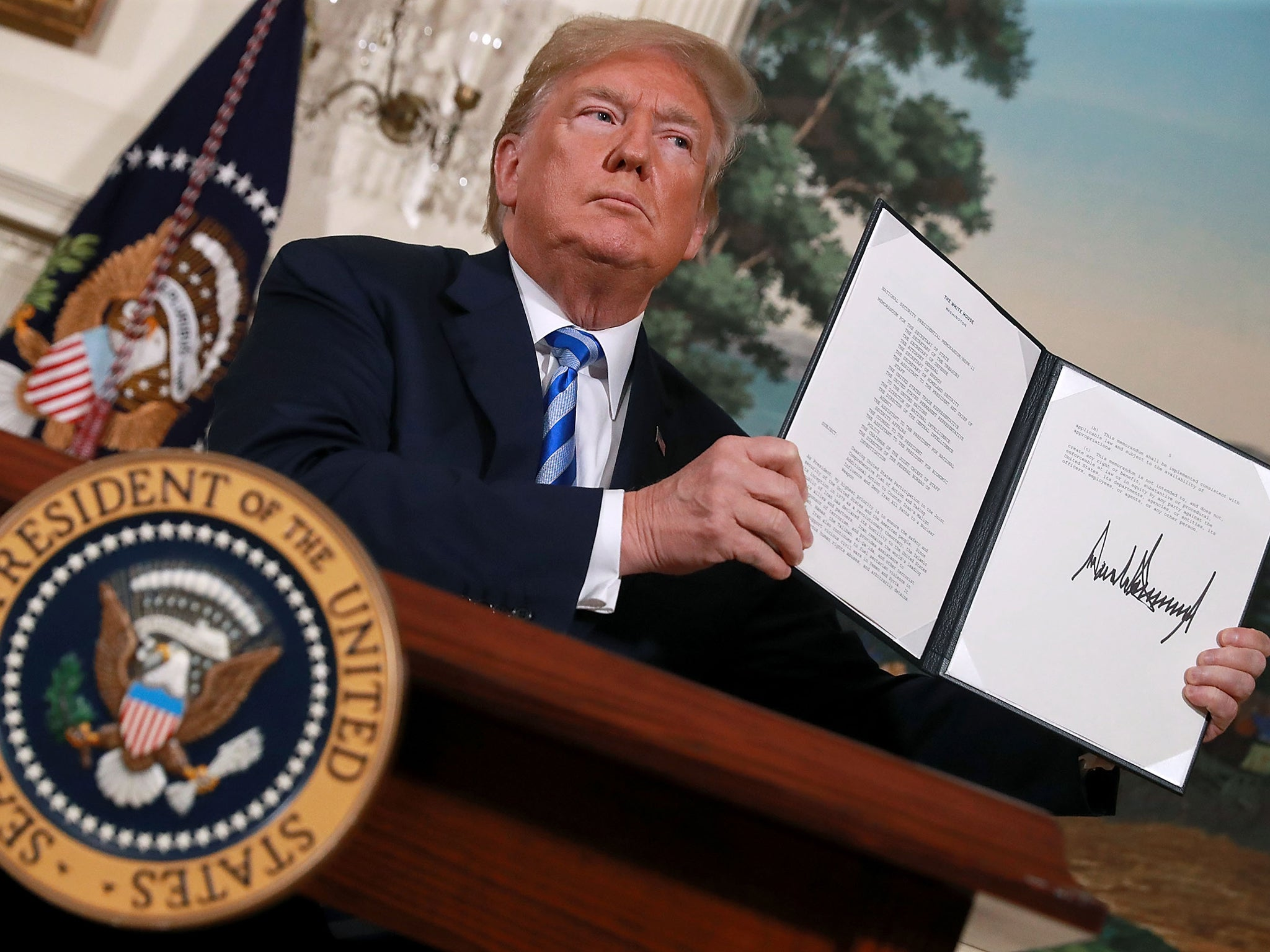 Iran deal: State Department nuclear expert quits after Trump withdraws US from agreement