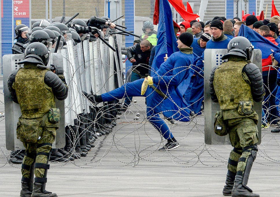 3f503098 Russian riot policemen take part in special security exercises at the Saint  Petersburg's Krestovsky Stadium in