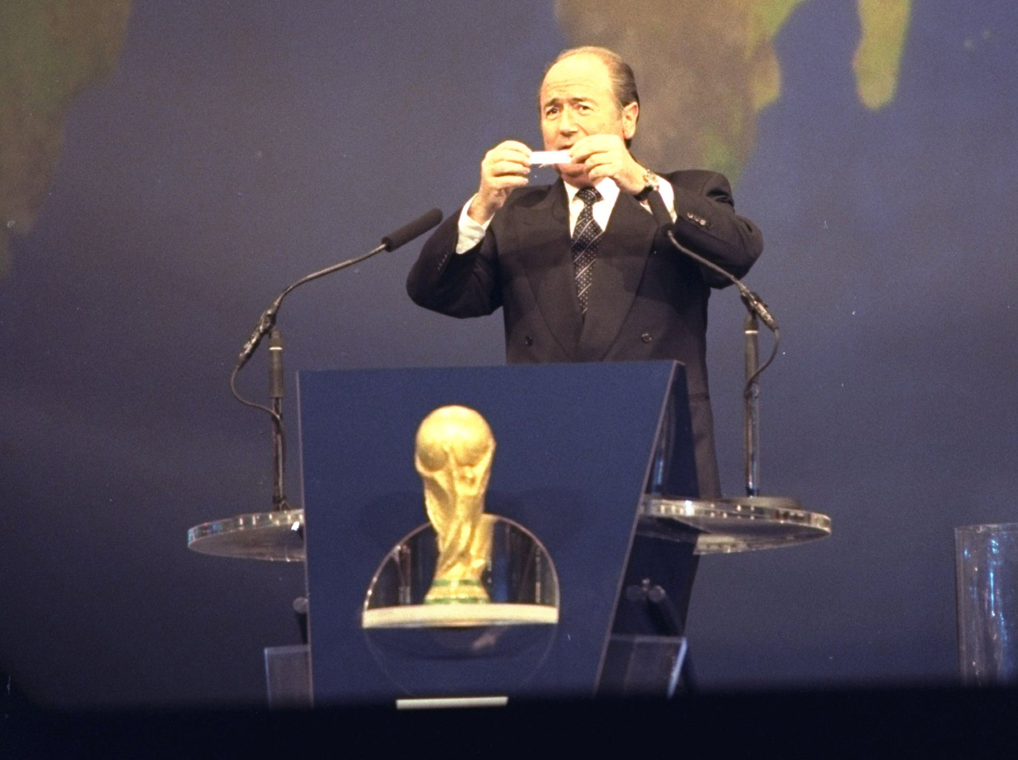 World Cup: Shamed former Uefa president Michel Platini admits to  manipulating France 1998 draw | The Independent