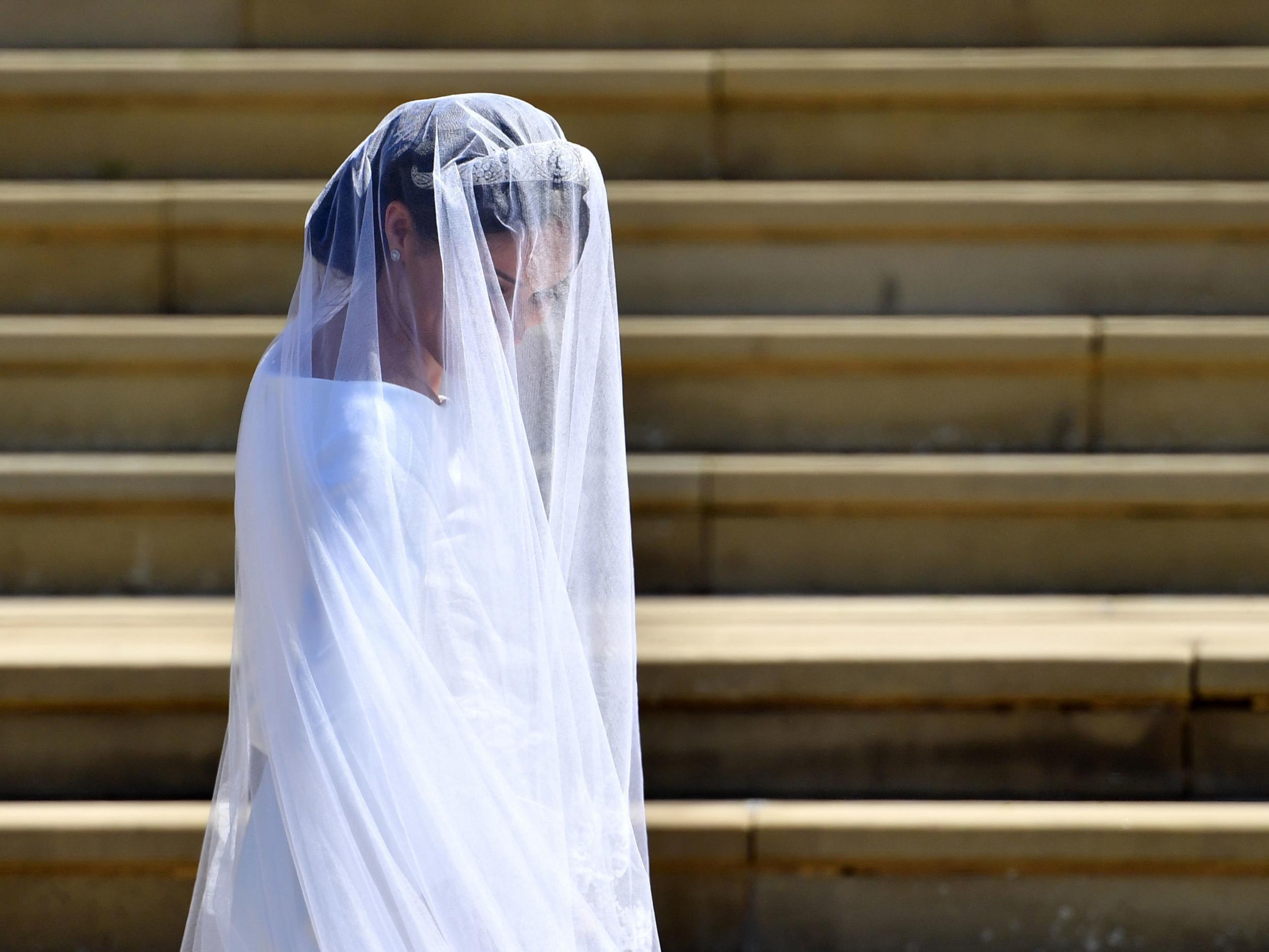 Bride And Bridesmaids Praised For Magnificent Dresses Designed