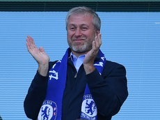 Abramovich forced to return to Russia after 'delay' renewing UK visa
