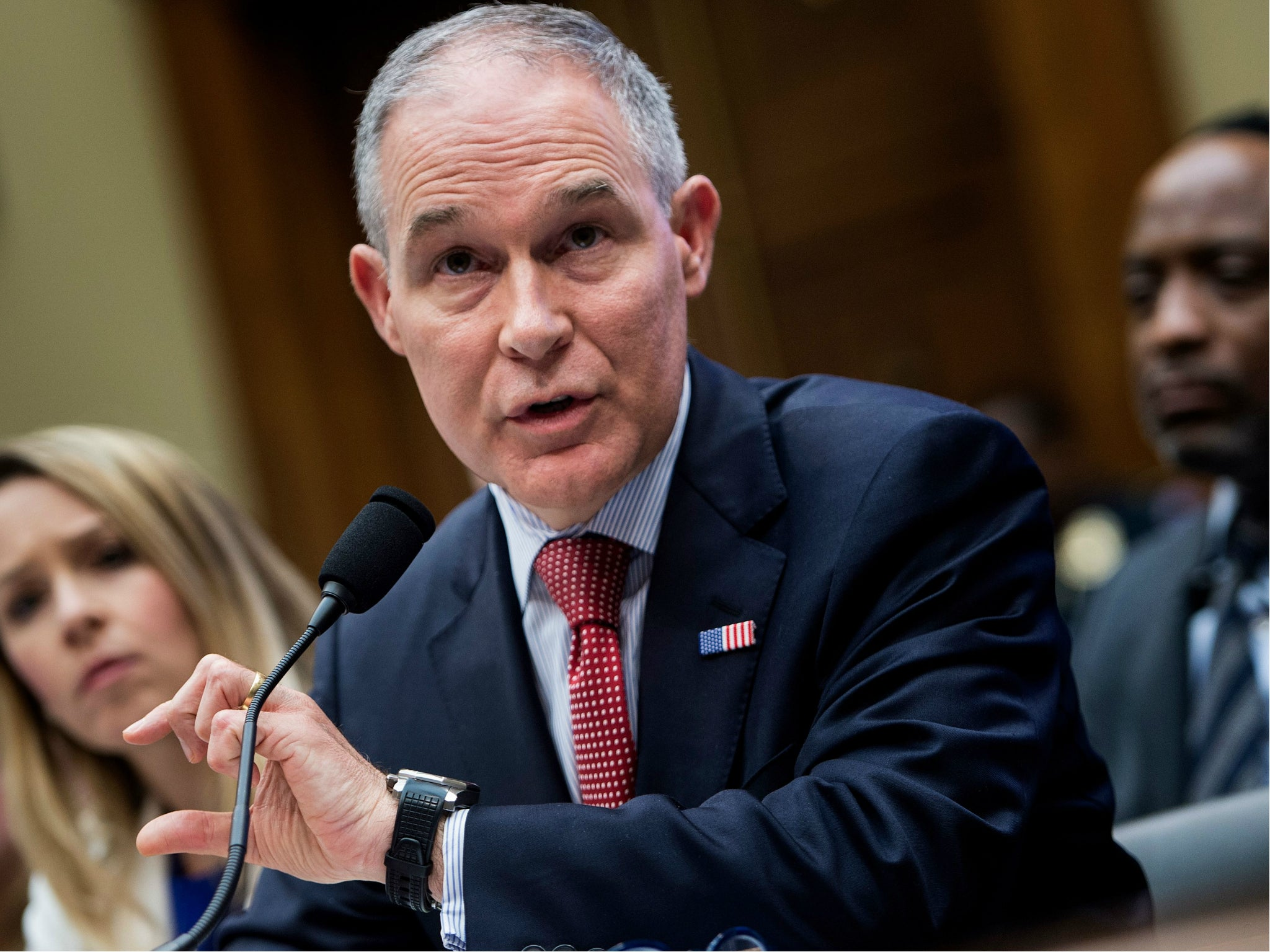 Scott Pruitt 'invited oil executives to work' at Environmental Protection Agency