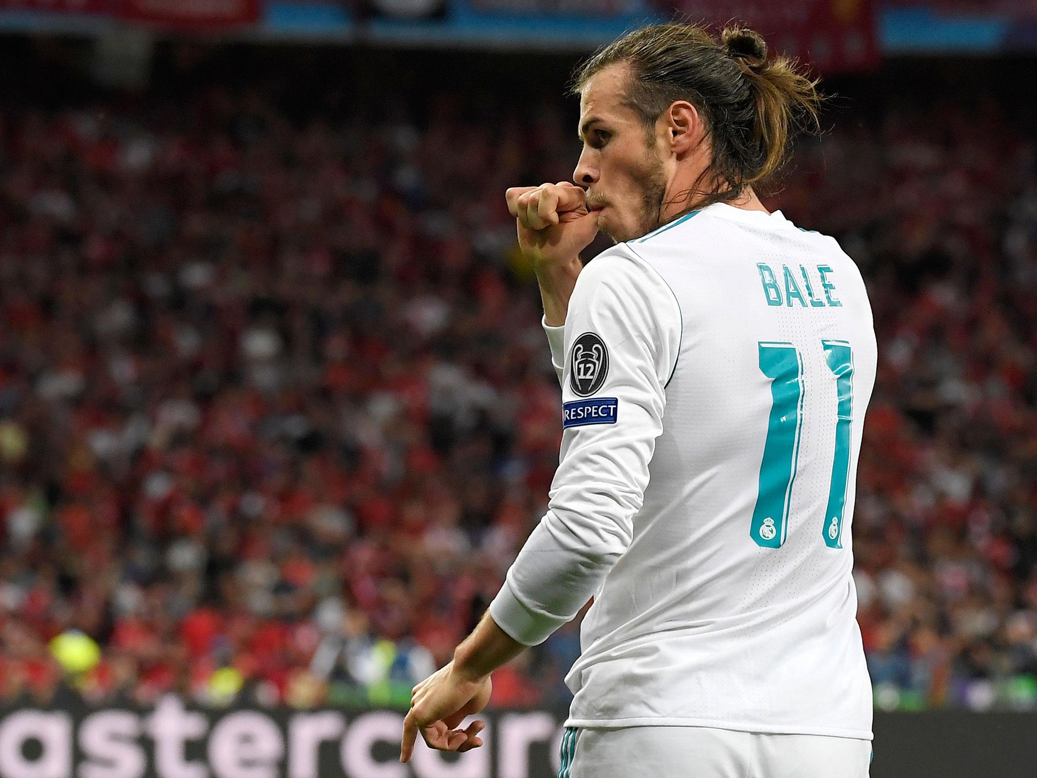 Gareth Bale to wait for new Real Madrid boss before deciding future but could stay if Manchester United don't move